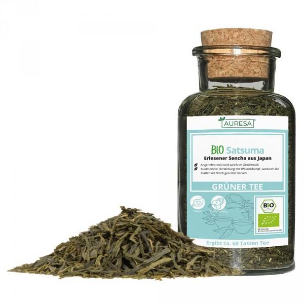 Thé vert en vrac Satsuma bio dans un verre