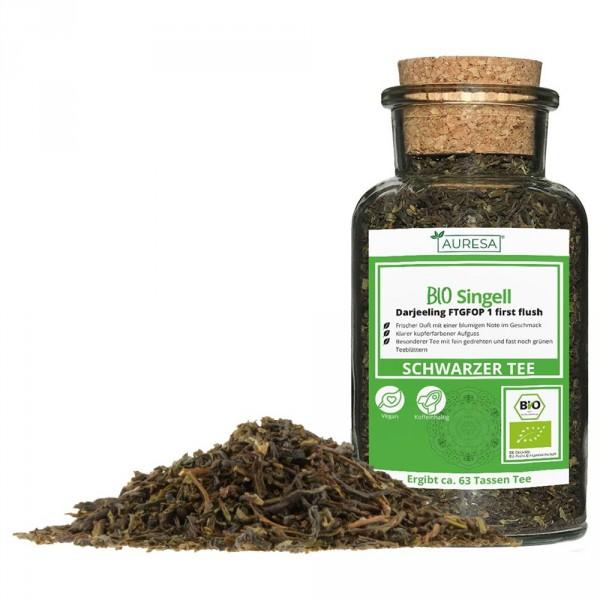 Thé vert en vrac Darjeeling Bio Singell dans un verre