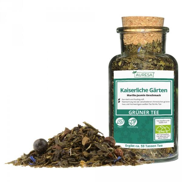 Thé vert en vrac Kaiserliche Gärten dans un verre