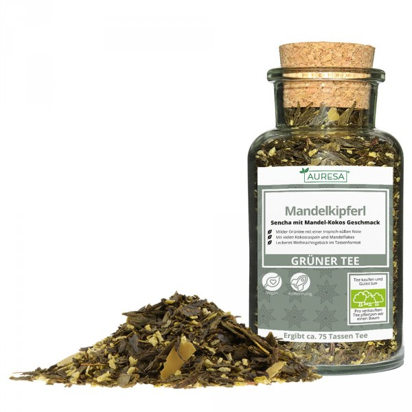 Thé vert en vrac Chine Sencha Mandelkipferl dans un verre