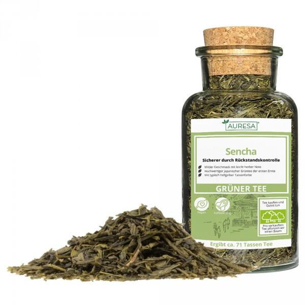 Thé vert en vrac Sencha dans un verre