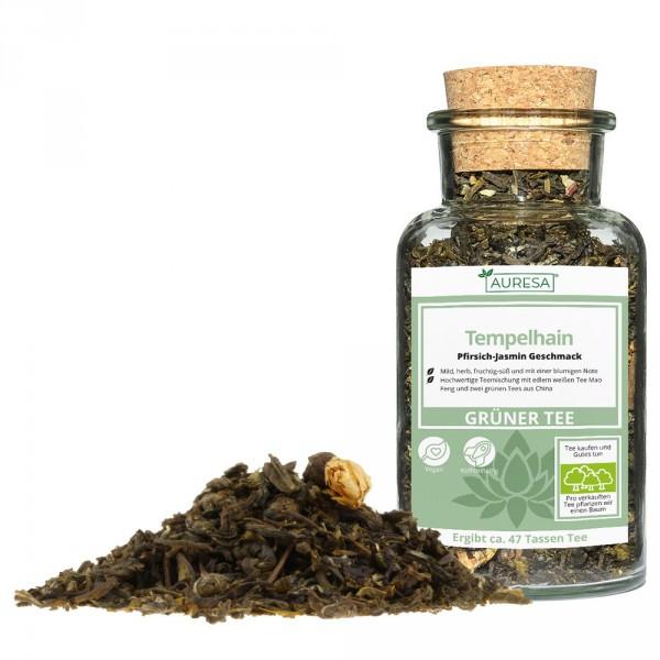 Mélange de thé vert aromatisé Tempelhain dans un verre